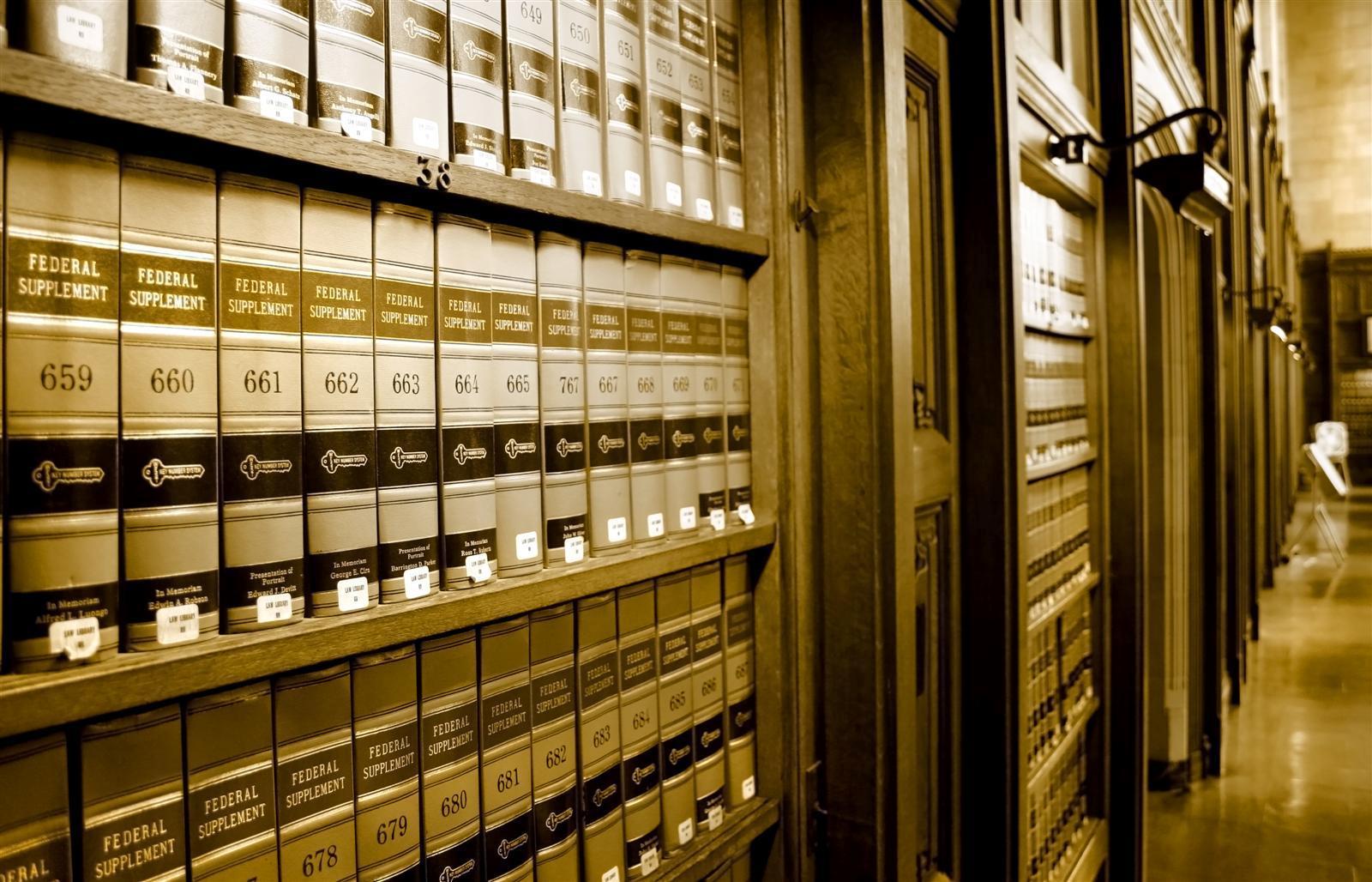 lawyer63-1.jpg